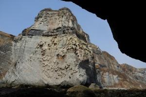 凝灰岩の崖