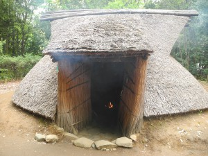多摩市縄文中期竪穴住居