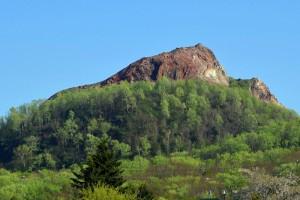 緑の昭和新山