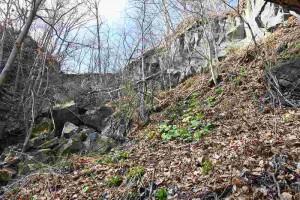 村界滝谷の外輪溶岩